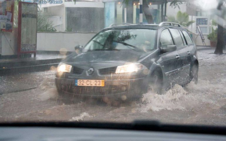 Driving tips for heavy Rain