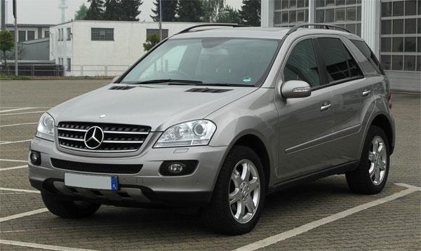 Top 10 most fuel efficient luxury suvs for Most fuel efficient mercedes benz