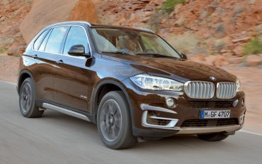 Top 10 Most Fuel-Efficient Luxury SUVs