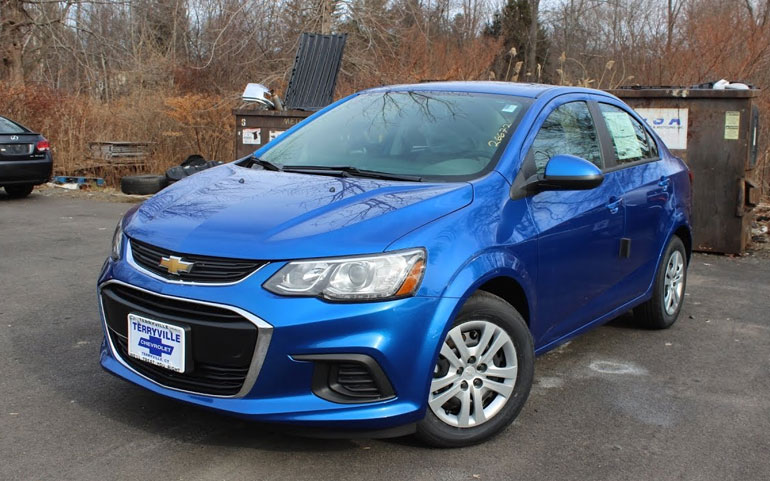 Chevrolet Sonic LS Sedan