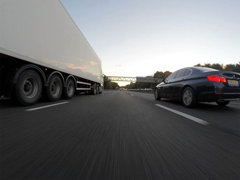 how to stay safe on your long truck drives